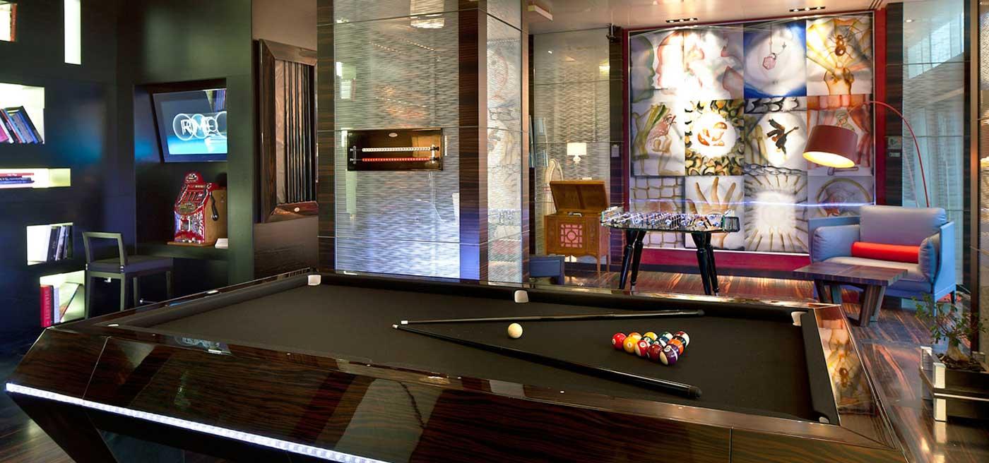 Romeo hotel naples italy luxury design hotel in naples for Design hotel naples italy