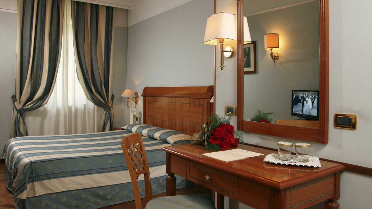 Classic room of the Hotel Ottocento, Rome, Italy