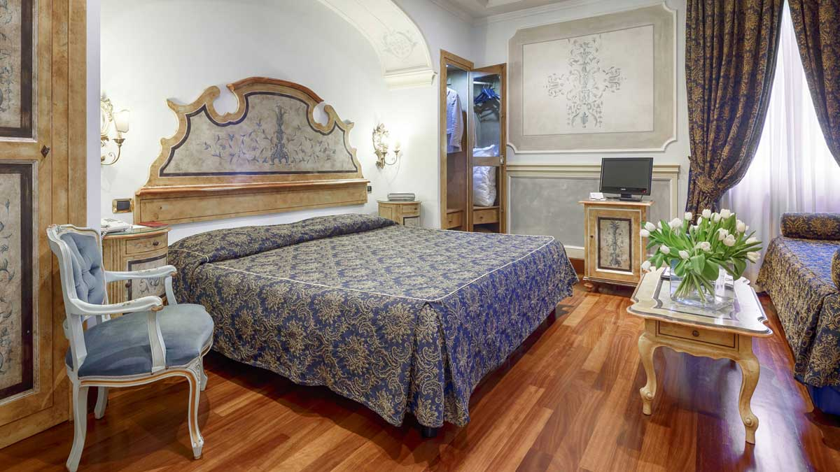 Guest room of the Hotel Villa San Pio (Rome, Italy)