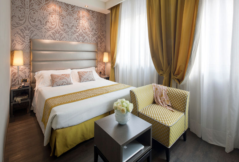 Hotel Mozart Milan Italy (guest room)